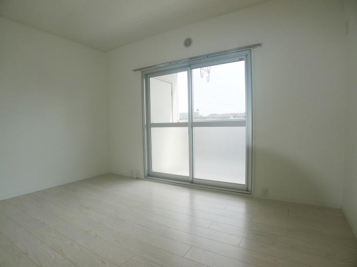南側奥洋室これ②
