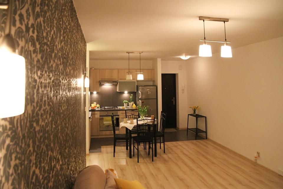 賃貸オーナー必見!「賃貸にはどの床材がいい?」マンションの床材別メリット・デメリット